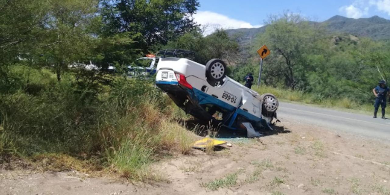 Conductor muere prensado al volcar en Cuicatlán   El Imparcial de Oaxaca