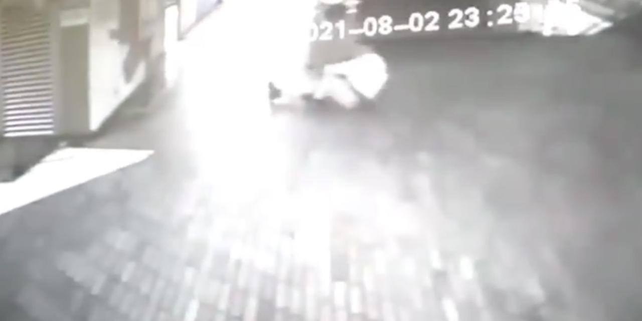 Difunden video en donde un supuesto fantasma ataca en Colombia | El Imparcial de Oaxaca