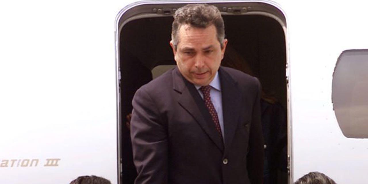 Fiscalía de CDMX obtiene orden de captura contra Carlos Cabal Peniche por fraude   El Imparcial de Oaxaca