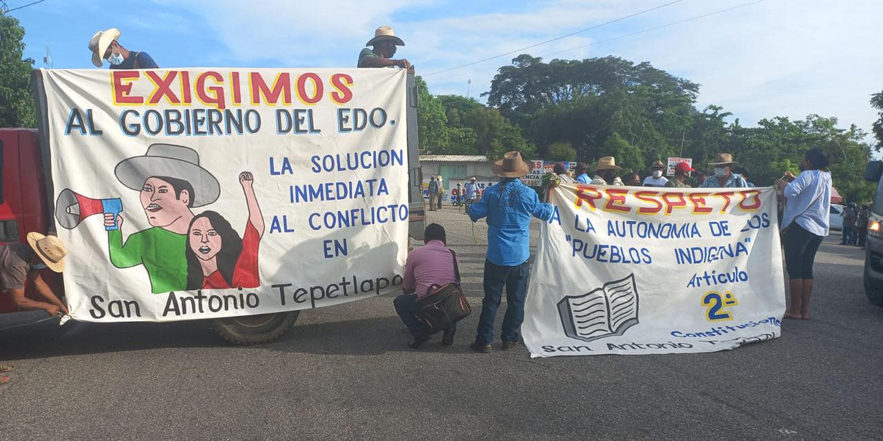 Bloquean retén de Pinotepa   El Imparcial de Oaxaca