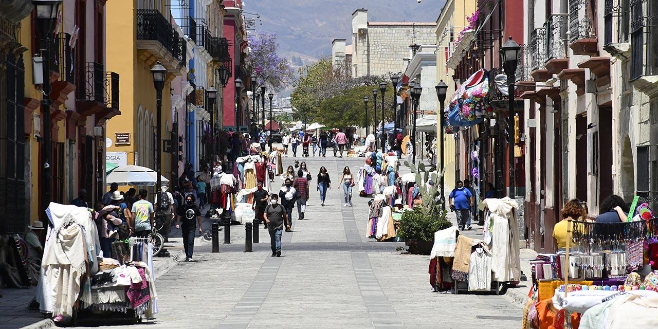 Comercio y turismo expulsa a la población del centro | El Imparcial de Oaxaca