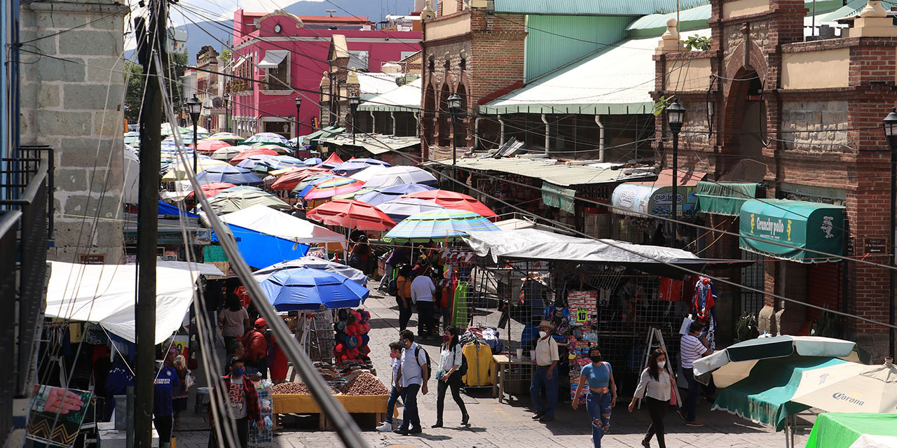 Desecha cabildo poner al día censo de ambulantes | El Imparcial de Oaxaca