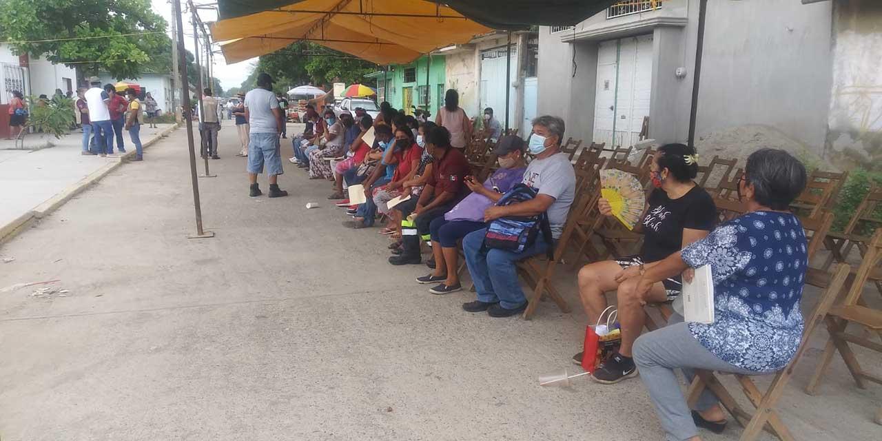 Desisten de aplicarse la segunda dosis en Tehuantepec | El Imparcial de Oaxaca