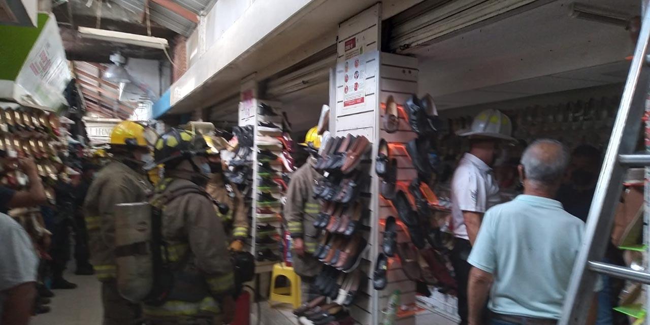 Cortocircuito moviliza a bomberos en el Mercado de Abasto   El Imparcial de Oaxaca