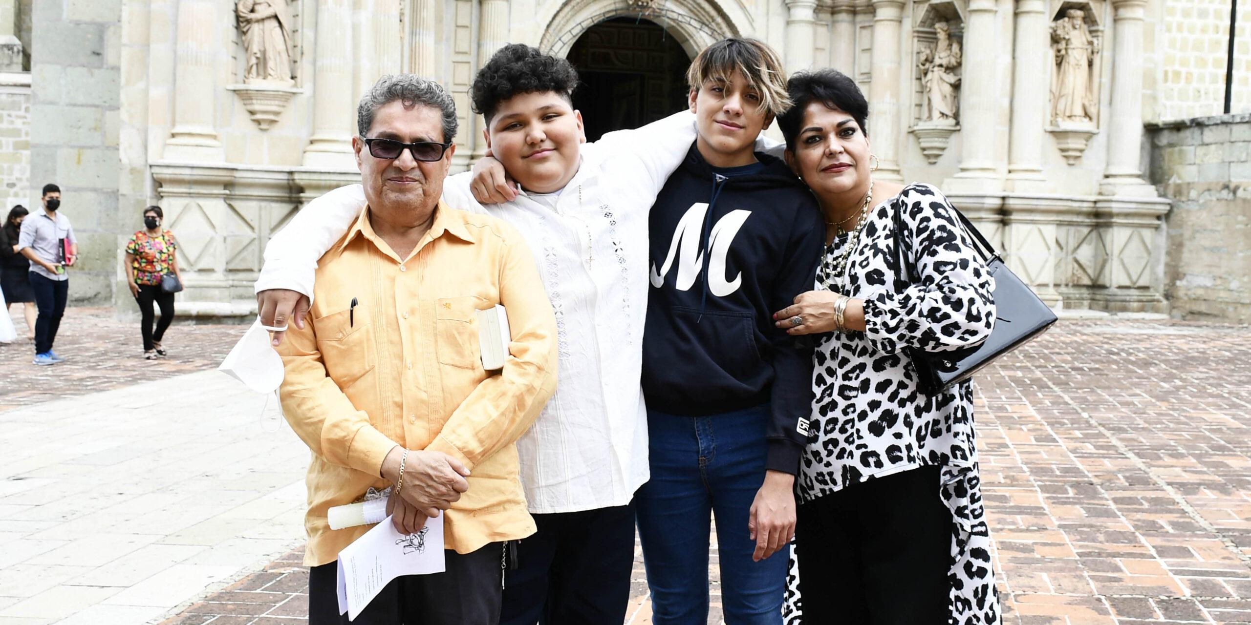 Recibe Santiago la primera comunión | El Imparcial de Oaxaca