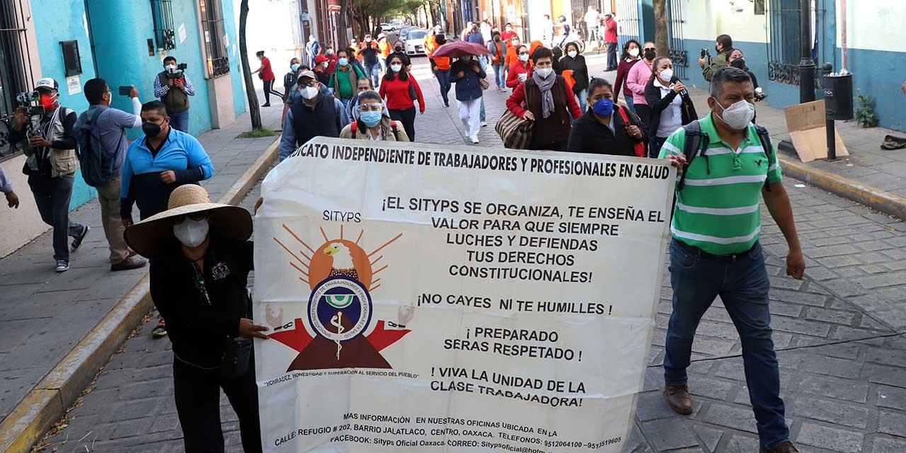 5 mil empleados serán despedidos en Salud   El Imparcial de Oaxaca