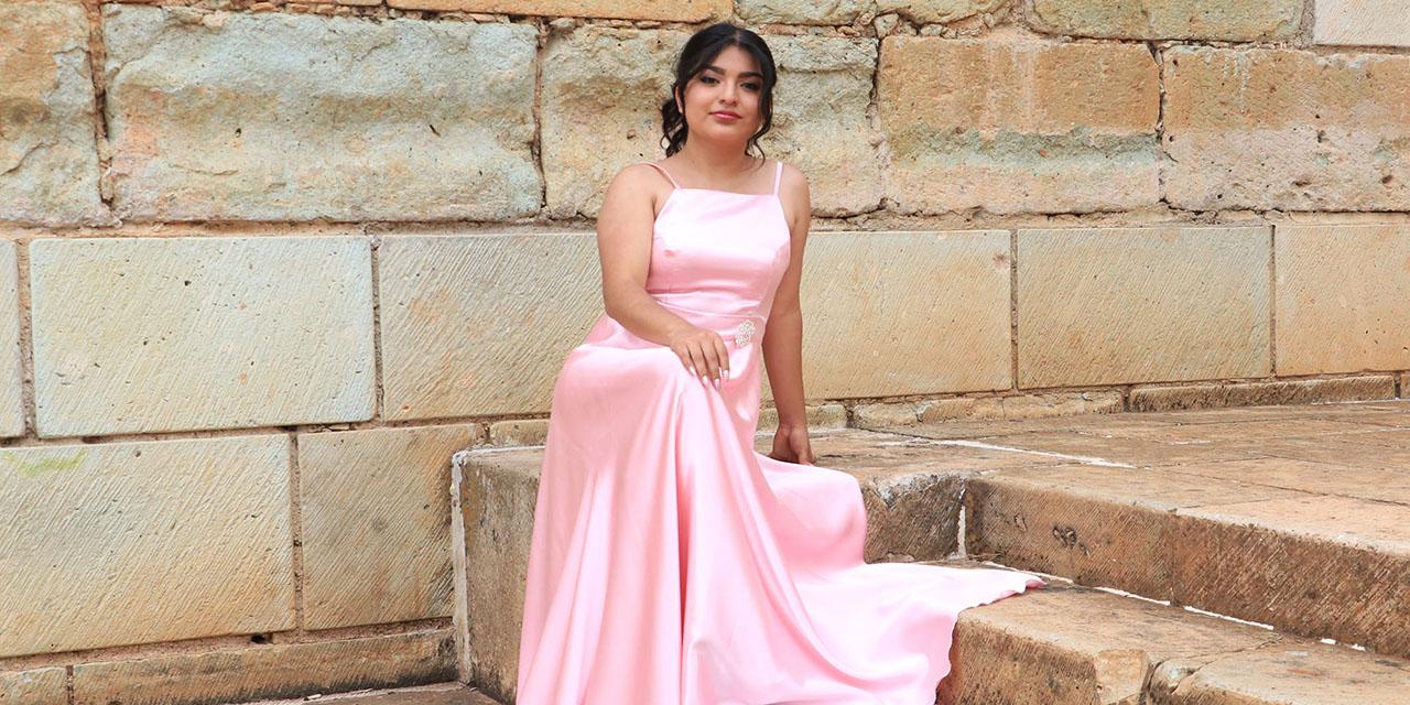 Jairi Ileana Becerra García celebra sus 18 años   El Imparcial de Oaxaca