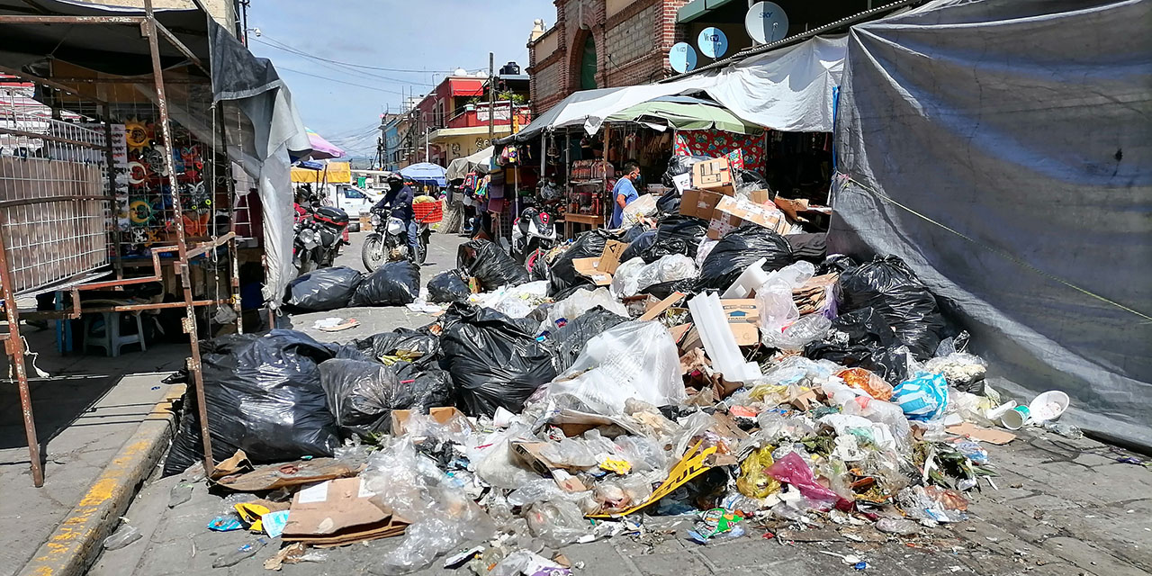 Montañas de basura bloquean calles del Centro Histórico   El Imparcial de Oaxaca