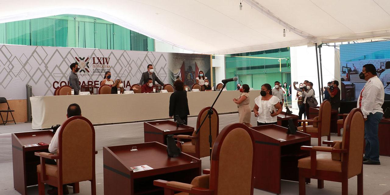 Convierte en un circo Poder Legislativo | El Imparcial de Oaxaca
