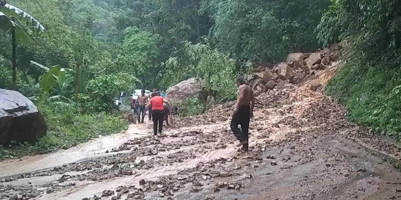 Reportan afectaciones en carreteras e inundaciones por lluvias   El Imparcial de Oaxaca