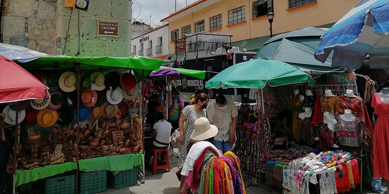 Operativo anti ambulantes mudó el cáncer a otro lado   El Imparcial de Oaxaca