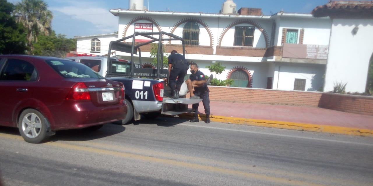 Arresta policía a un sujeto agresivo en Tehuantepec | El Imparcial de Oaxaca