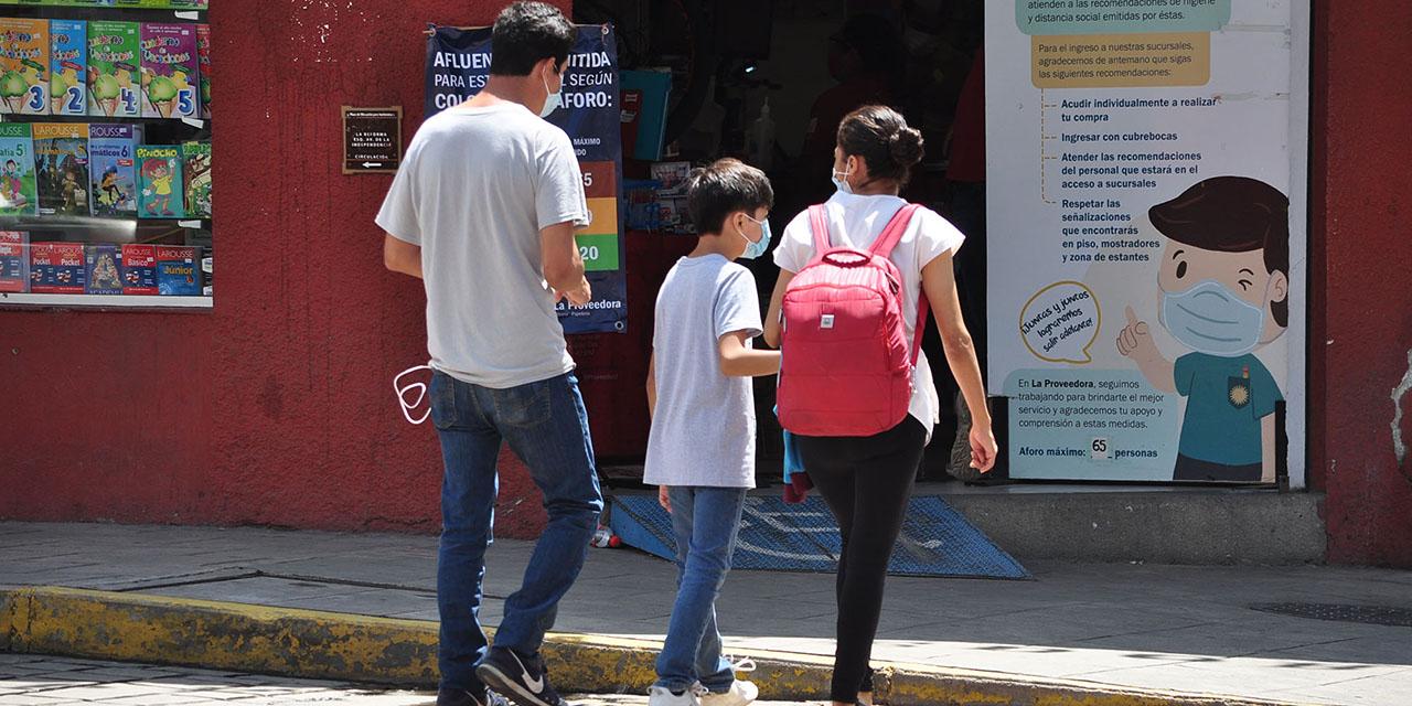 Padres de familia enfrentan compras de última hora y precios altos | El Imparcial de Oaxaca