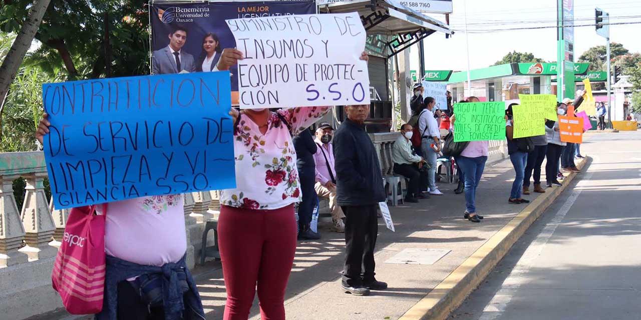 Hospitales siguen sin servicios de limpieza   El Imparcial de Oaxaca