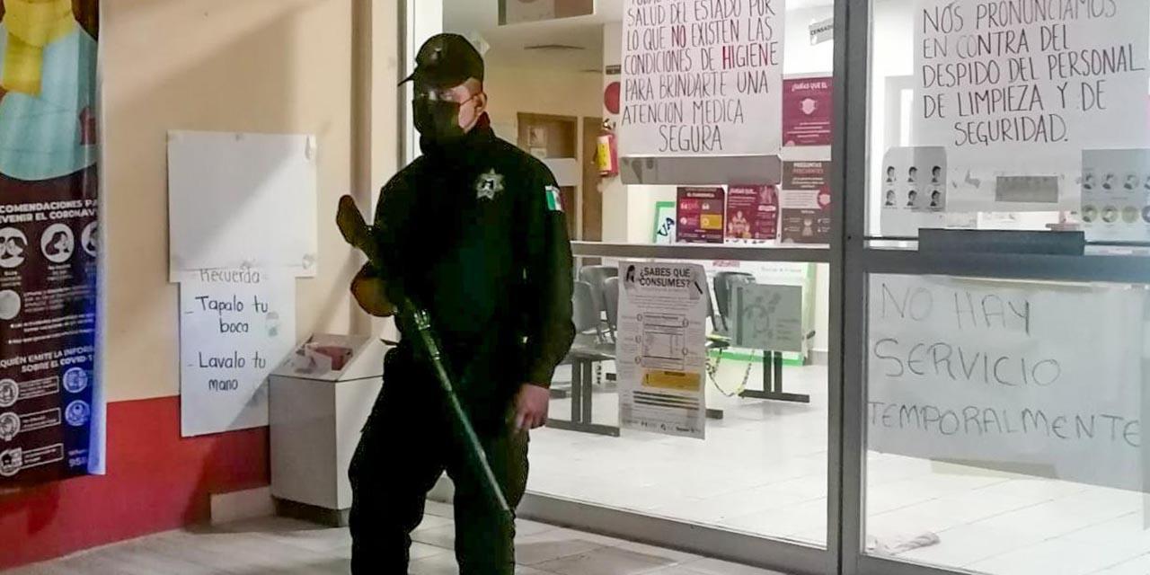 Policía Municipal vigila nosocomios en Pochutla | El Imparcial de Oaxaca
