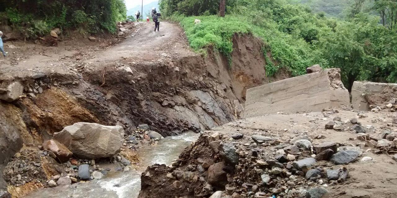 Lluvias dejan daños en red carretera de la Cañada y Costa | El Imparcial de Oaxaca