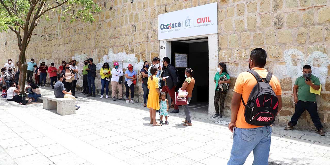 Saturan oficina matriz del Registro Civil   El Imparcial de Oaxaca