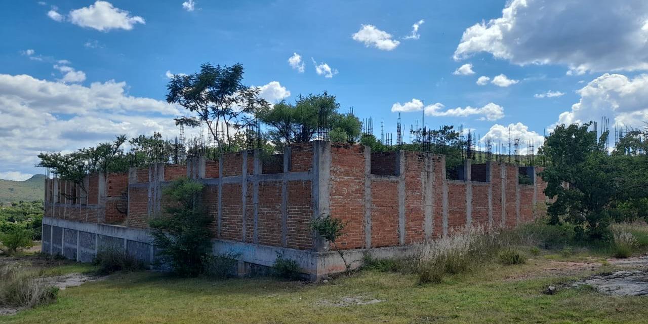 Huajolotitlan: el hospital que no fue; solo quedan ruinas | El Imparcial de Oaxaca