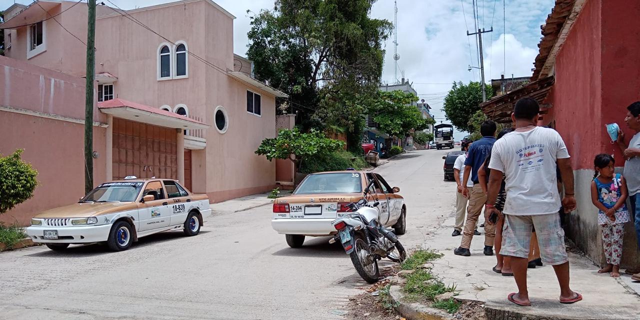 Chocan motos contra taxis en Pinotepa Nacional   El Imparcial de Oaxaca