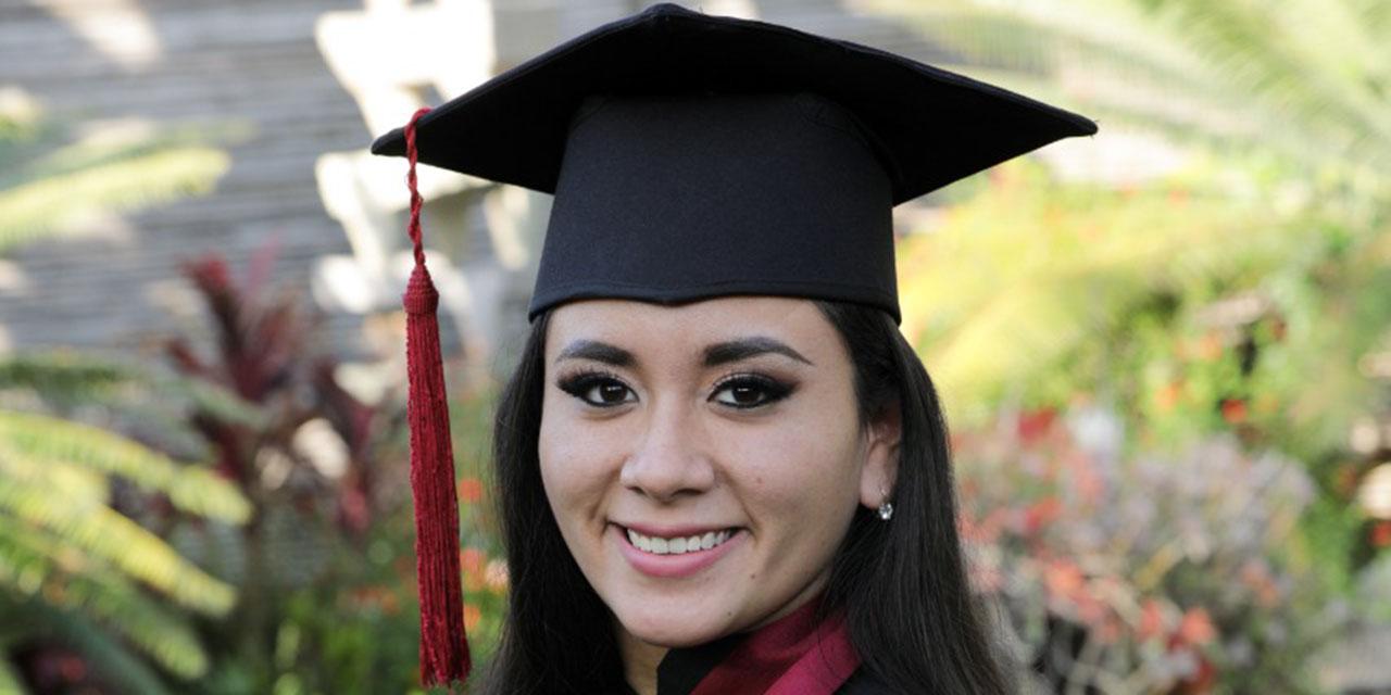 Viridiana concluye con éxito licenciatura   El Imparcial de Oaxaca
