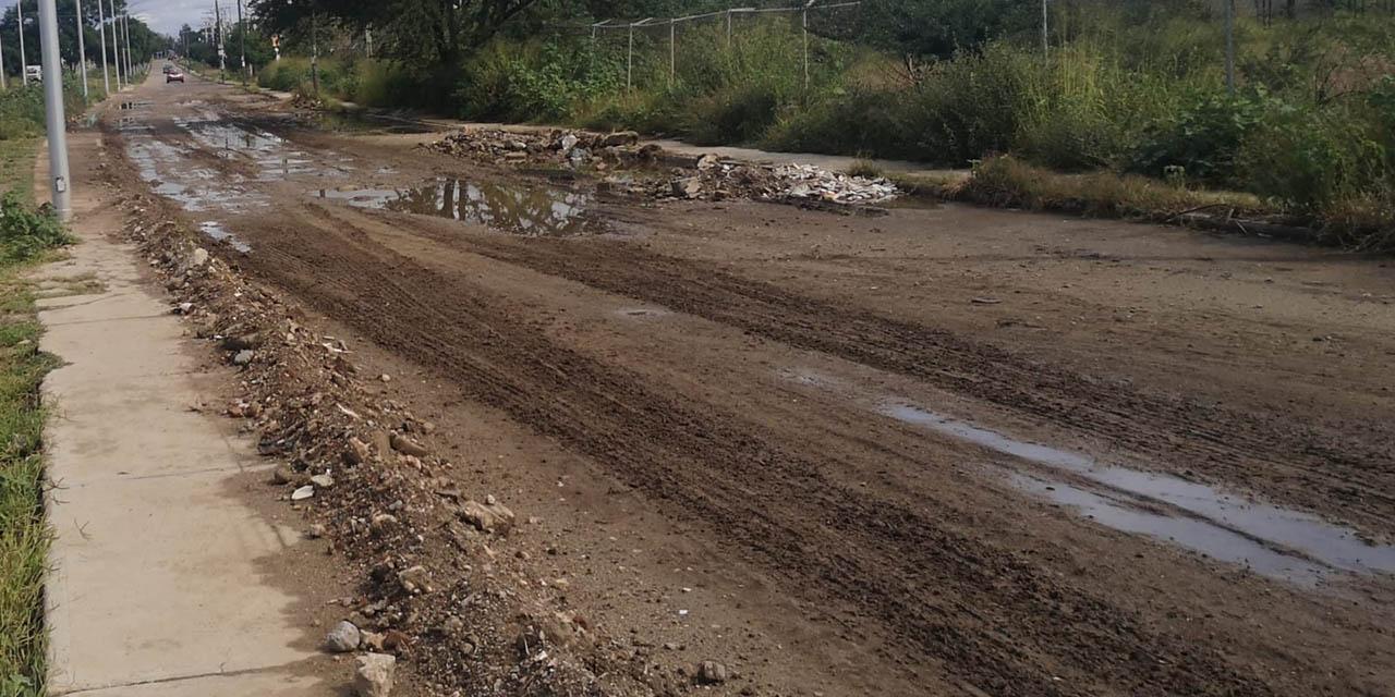 Circuito Interior en Oaxaca, inundado de baches | El Imparcial de Oaxaca