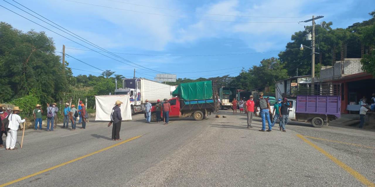 Realizan bloqueo en Pinotepa Nacional   El Imparcial de Oaxaca