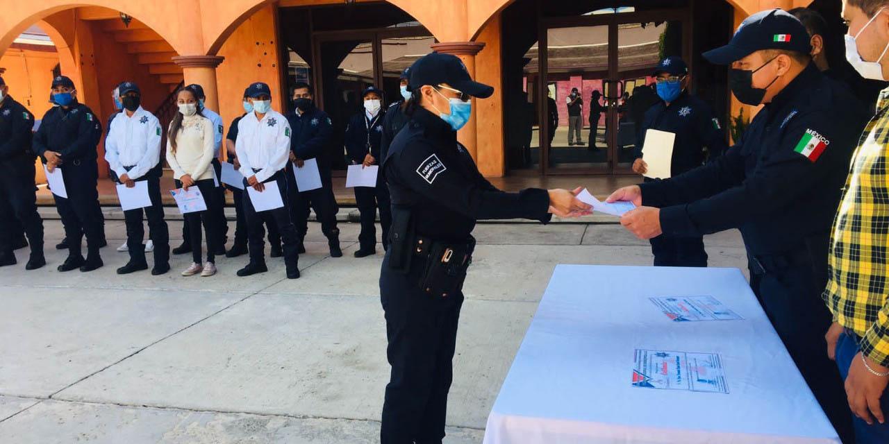 Culminan capacitación en primeros auxilios, 18 policías municipales de Huajuapan | El Imparcial de Oaxaca