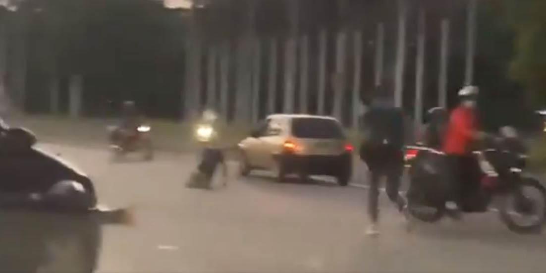 Mujer salta de autobús en movimiento para evitar asalto, pero muere atropellada | El Imparcial de Oaxaca