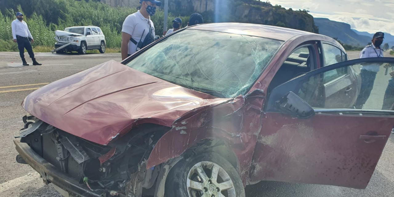 Fuerte choque en carretera 190 | El Imparcial de Oaxaca