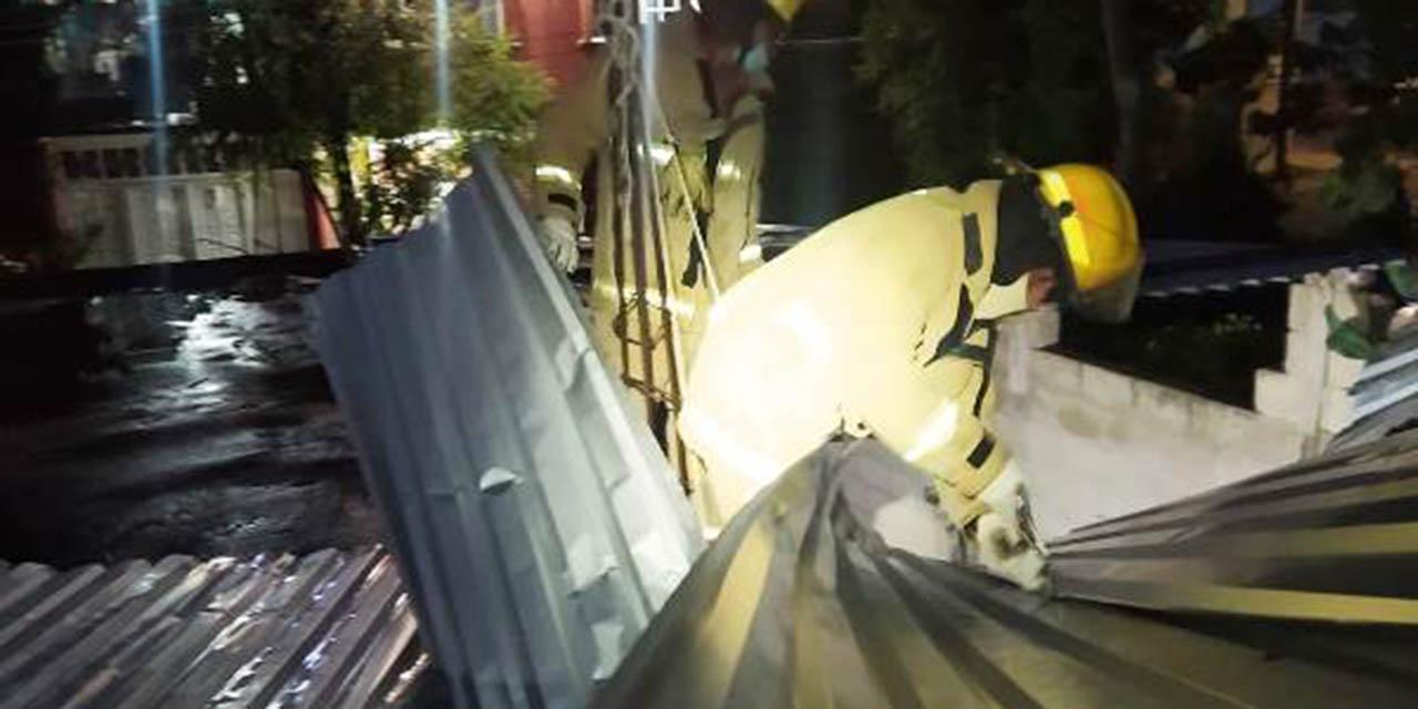 Viento arranca  el techo de casa en La Mixteca | El Imparcial de Oaxaca
