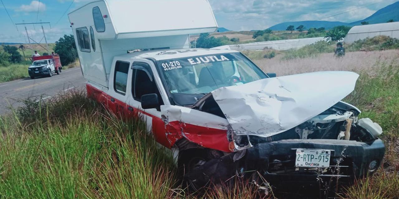 Se estrellan camionetas en Ejutla | El Imparcial de Oaxaca