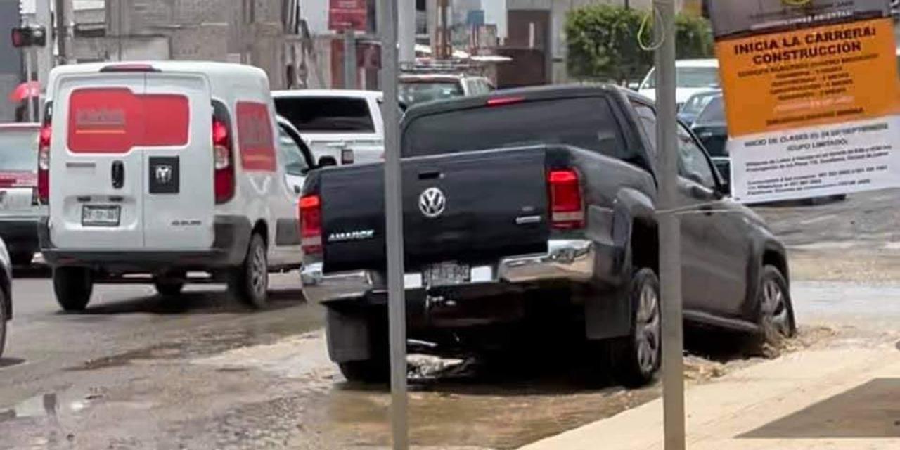 Baches, pesadilla y peligro inminente | El Imparcial de Oaxaca
