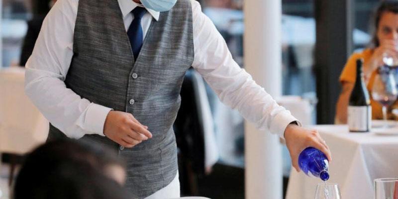 Hombre deja 10 mil dólares de propina en restaurante en agradecimiento a empleados | El Imparcial de Oaxaca