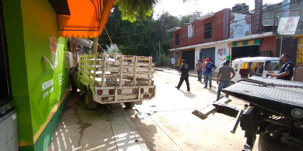 Vive momentos de pánico tras quedarse sin frenos | El Imparcial de Oaxaca