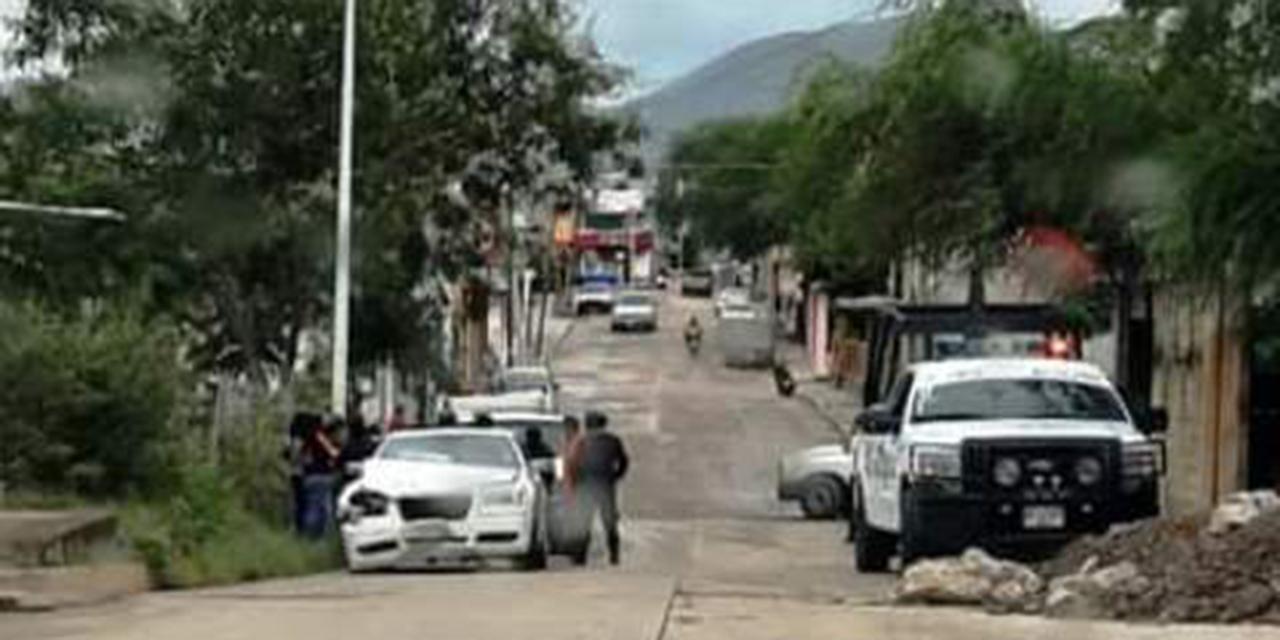 Colisionan autos particulares en Huajuapan | El Imparcial de Oaxaca