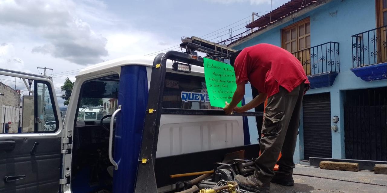 Protestan transportistas por falta de trabajo   El Imparcial de Oaxaca
