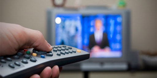 Adultos mayores mexicanos ven en promedio 7 horas diarias de Televisión | El Imparcial de Oaxaca