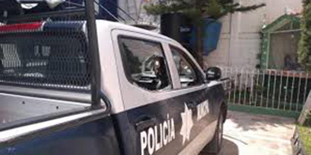 Taxista choca con patrulla de la Policía Municipal   El Imparcial de Oaxaca