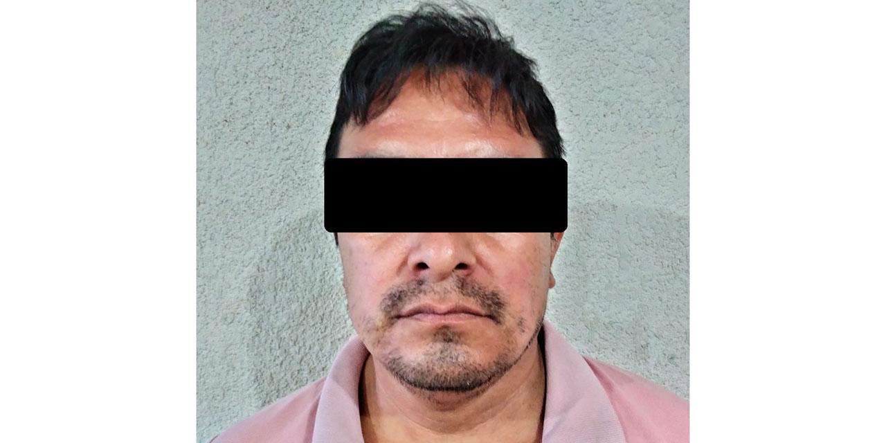 Detienen y presentan ante juez de Ixtlán de Juárez a profesor acusado de abuso   El Imparcial de Oaxaca