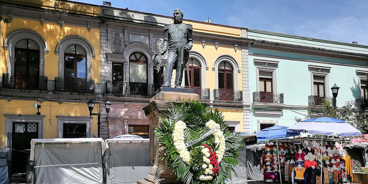 En el olvido, estatua del general Antonio de León   El Imparcial de Oaxaca