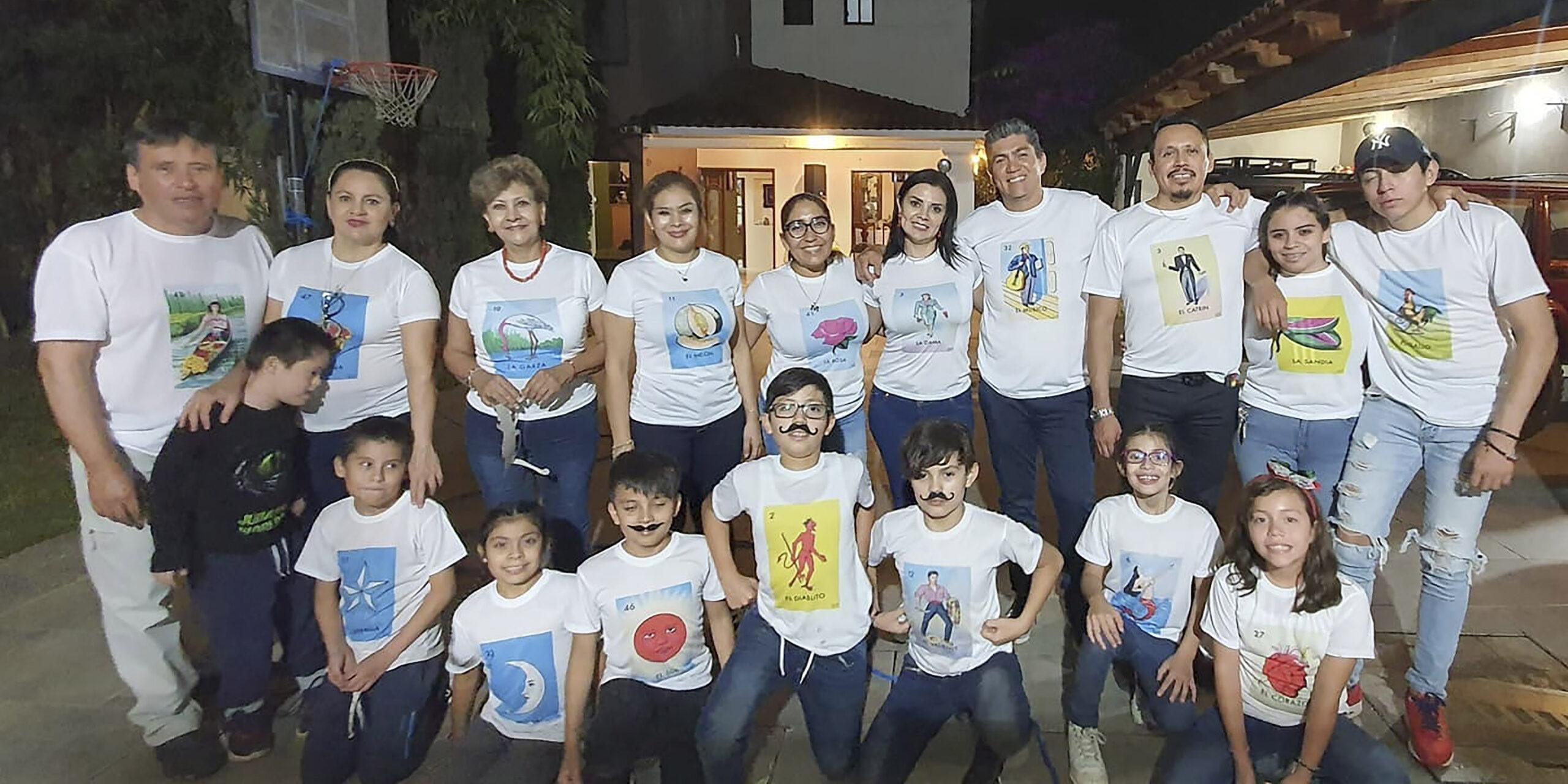 Festejan entre  amigos tradicional Noche Mexicana   El Imparcial de Oaxaca