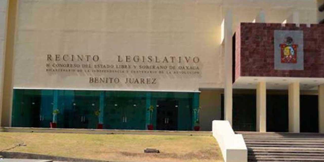 Protestas y falta de acuerdos en la última sesión ordinaria de la 64 Legislatura | El Imparcial de Oaxaca
