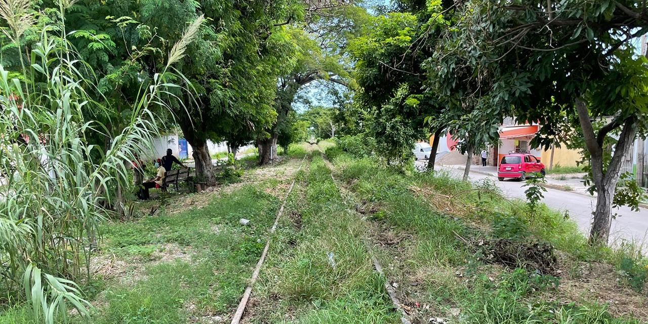 Roban un pedazo de riel de ferrocarril en Juchitán   El Imparcial de Oaxaca