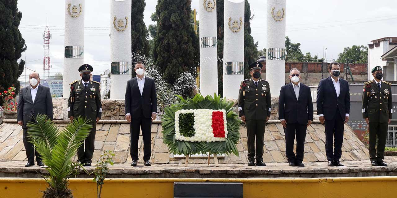 Discreto homenaje oficial para los Niños Héroes | El Imparcial de Oaxaca