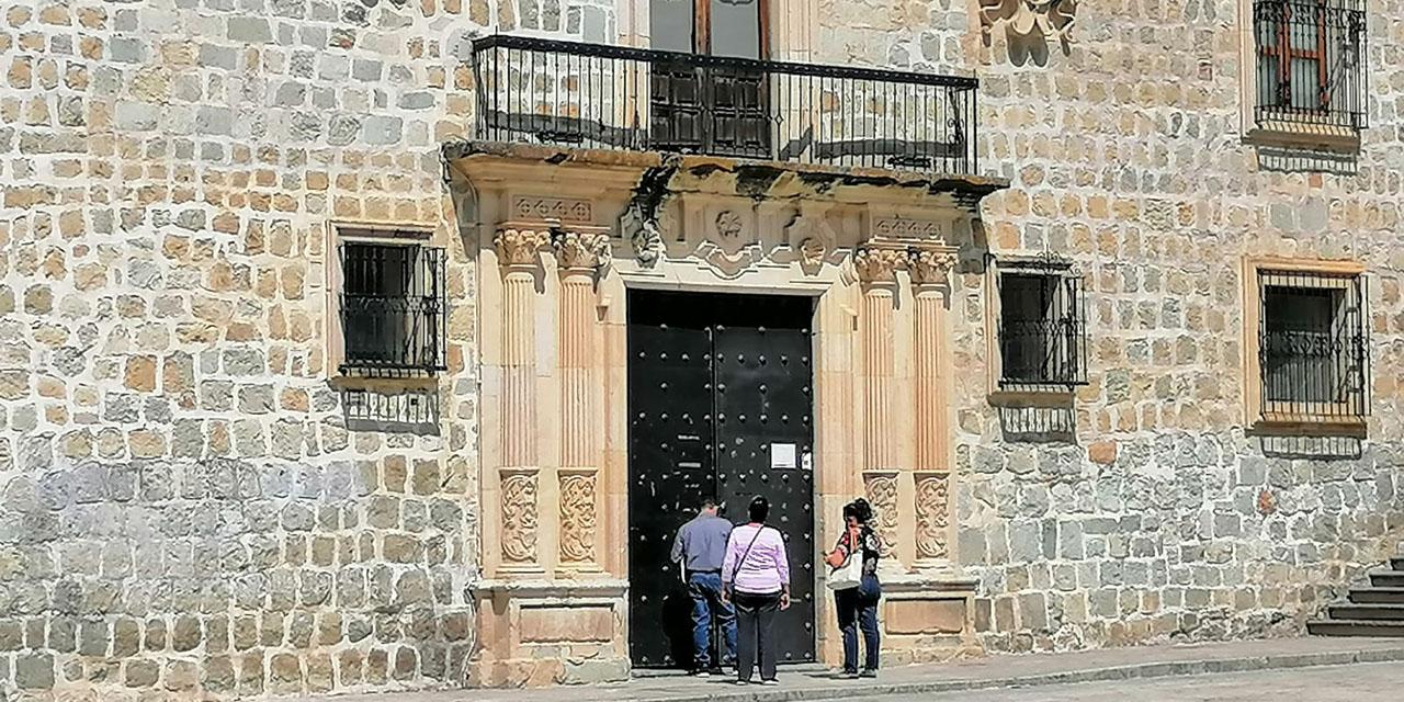 Vacío y desatención por cierre de palacio municipal | El Imparcial de Oaxaca