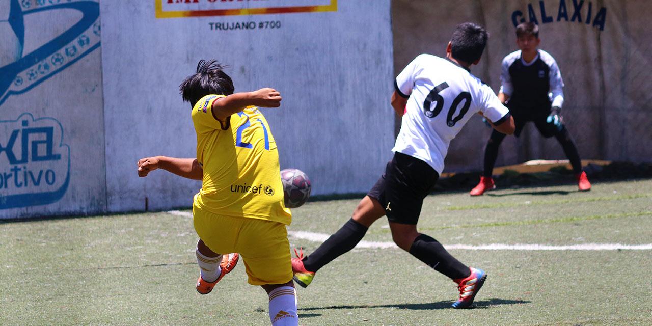 Golea Orión a Niupi en futbol rápido | El Imparcial de Oaxaca