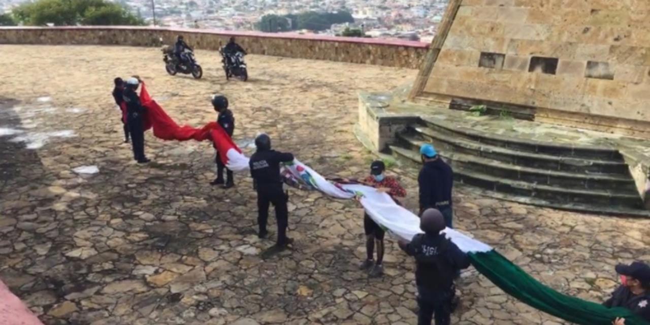 Deportistas y policías rescatan el lábaro patrio en el Cerro del Fortín | El Imparcial de Oaxaca