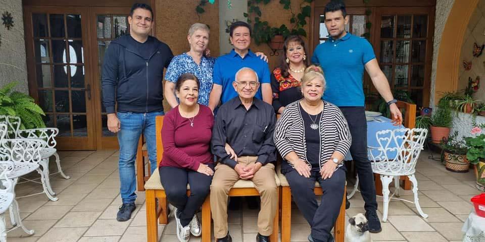 Giovanni Romanelli celebra sus 34 años | El Imparcial de Oaxaca