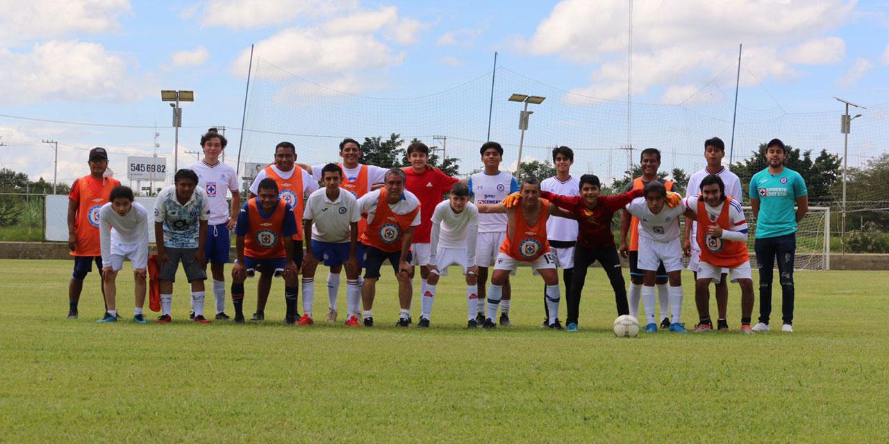 Conviven comunicadores deportivos | El Imparcial de Oaxaca
