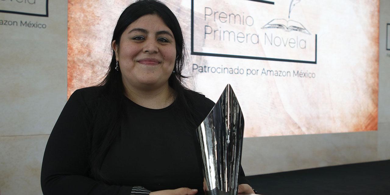 """""""La literatura es hacernos  preguntas sobre el mundo"""": Karina Sosa   El Imparcial de Oaxaca"""